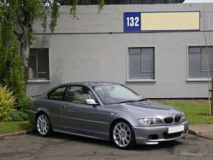43-bmw-330-cd-photos