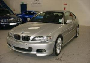 43-bmw-330-cd-photos2