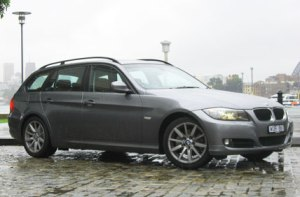 92-photo-of-bmw-320i