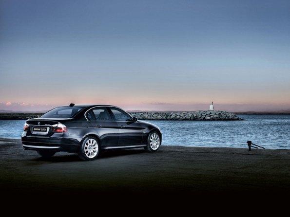 BMW 320I Images