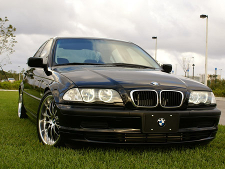 Pic of BMW 325