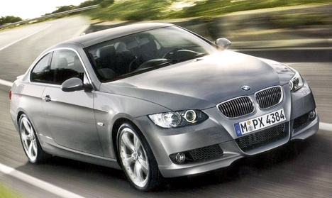 New 2010 BMW M5 Images