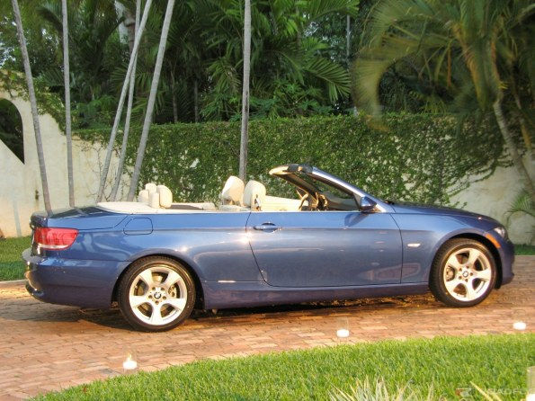 2009 BMW 3 Series Convertible Photos