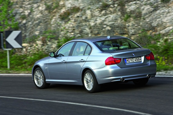 2009 BMW 3 Series Sedan Photos