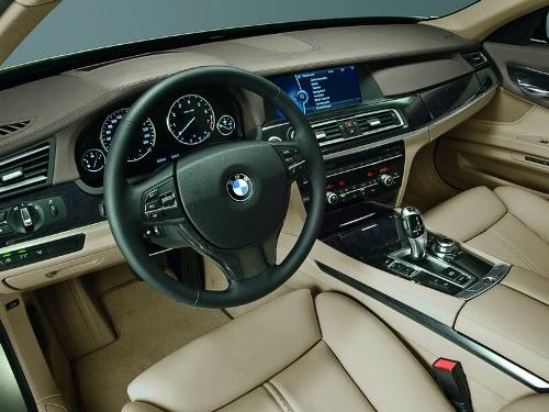 2009 BMW 750i  Interior