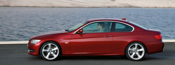2011 BMW 3 Series Sedan Pics