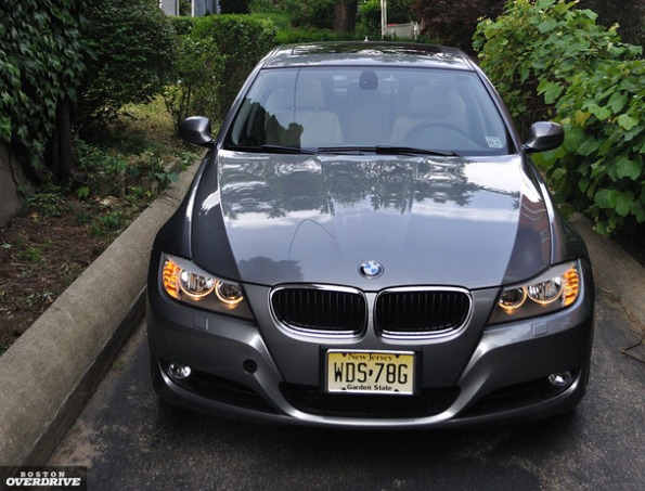 2011 BMW 328i- Short on luxury, 3 Series is hard to pass up
