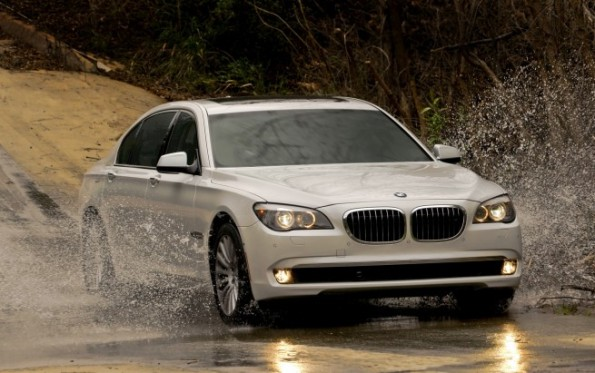 Premiere 2011 BMW 740i and 740Li Sedans return to US