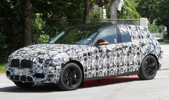 Spy Shots - 2012 BMW 1 Series five-door caught with rumored turbo'd four