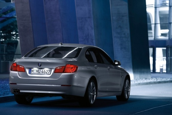 2011 BMW 5 Series First Look