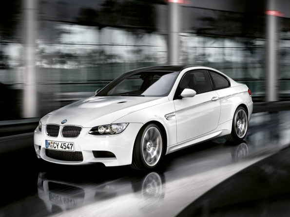 2012 BMW M3 – Photos, Features